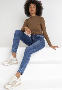 Born2be - Niebieskie Jeansy Push-Up Penemu. Kolekcja: plus size. Kolor: niebieski