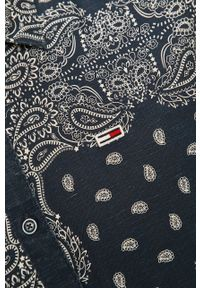 Niebieska koszula Tommy Jeans z klasycznym kołnierzykiem, krótka, klasyczna