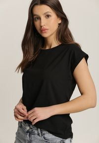 Renee - Czarny T-shirt Orphiphaeia. Kolor: czarny
