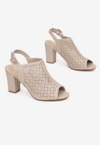 Born2be - Beżowe Sandały Aethopheu. Nosek buta: okrągły. Zapięcie: pasek. Kolor: beżowy. Wzór: gładki, ażurowy, aplikacja. Obcas: na słupku