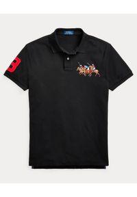 Ralph Lauren - RALPH LAUREN - Czarna koszulka polo Triple-Pony Custom Fit. Okazja: na co dzień. Typ kołnierza: polo. Kolor: czarny. Materiał: prążkowany. Długość: długie. Wzór: haft, kolorowy. Sezon: lato. Styl: casual