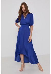 Morgan - Sukienka. Kolor: niebieski. Materiał: tkanina. Długość rękawa: krótki rękaw. Wzór: gładki. Typ sukienki: asymetryczne, rozkloszowane