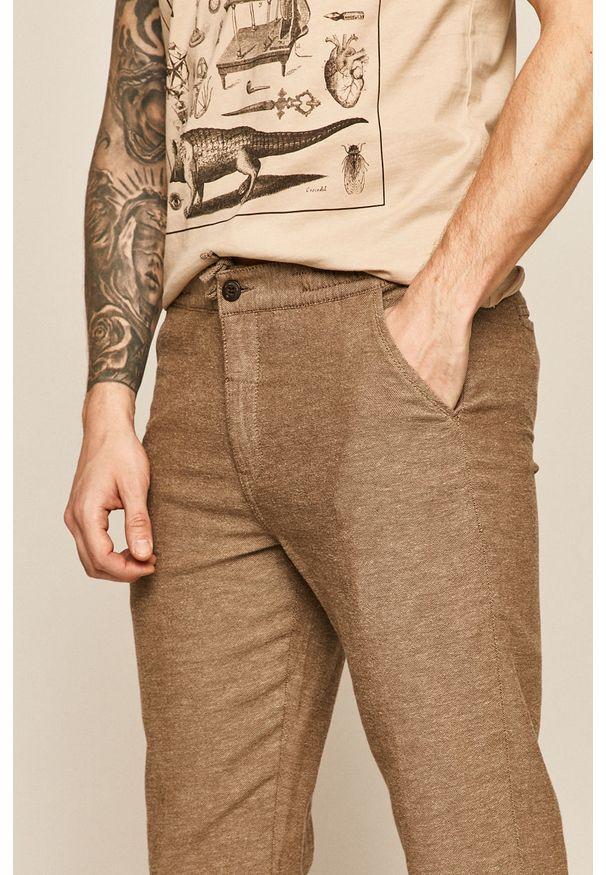 Brązowe spodnie medicine