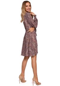 MOE - Kopertowa sukienka mini wiązana w pasie wzór paisley BOHO. Materiał: materiał. Wzór: paisley. Typ sukienki: kopertowe. Styl: boho. Długość: mini