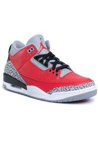 Czerwone półbuty Nike retro