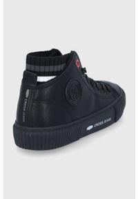 Cross Jeans - Trampki. Nosek buta: okrągły. Zapięcie: sznurówki. Kolor: czarny. Materiał: guma. Szerokość cholewki: normalna