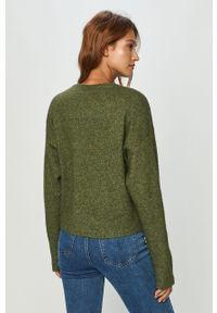 Zielony sweter Vero Moda