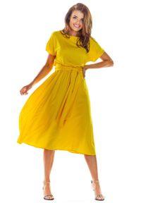 Awama - Żółta Rozkloszowana Midi Sukienka z Krótkim Kimonowym Rękawem. Kolor: żółty. Materiał: wiskoza, elastan. Długość: midi