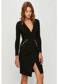 Czarna sukienka Pinko na spotkanie biznesowe, z aplikacjami