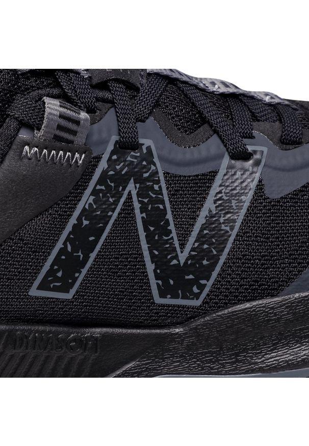 Czarne buty do biegania New Balance z cholewką