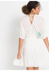 Sukienka tunikowa z haftem bonprix biel wełny. Kolor: biały. Materiał: wełna. Wzór: haft
