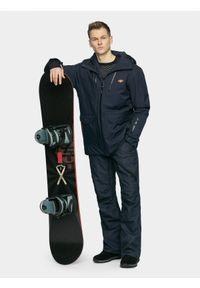 4f - Kurtka snowboardowa męska. Typ kołnierza: kaptur. Kolor: niebieski. Materiał: mesh, materiał. Sezon: zima. Sport: snowboard