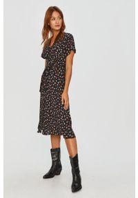 Czarna sukienka Answear Lab na co dzień, w kwiaty, z długim rękawem, midi #6