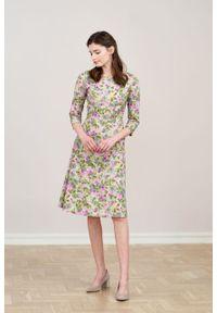 Marie Zélie - Sukienka Asteria Alia zielona. Kolor: zielony. Materiał: materiał, bawełna, elastan. Wzór: gładki. Typ sukienki: trapezowe. Styl: klasyczny
