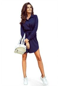 Numoco - Granatowa Krótka Koszulowa Sukienka z Paskiem. Kolor: niebieski. Materiał: poliester, elastan. Typ sukienki: koszulowe. Długość: mini