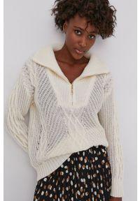 Answear Lab - Sweter z domieszką wełny. Kolor: beżowy. Materiał: wełna. Długość: krótkie. Styl: wakacyjny