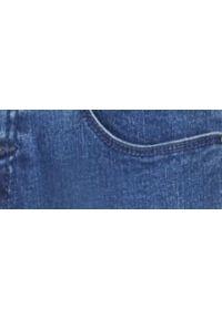 TOP SECRET - Spodnie jeansowe rurki. Kolor: niebieski. Materiał: jeans. Wzór: gładki. Sezon: wiosna, lato #7