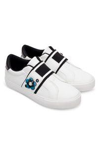 Białe buty sportowe Ideal Shoes trekkingowe, w kolorowe wzory