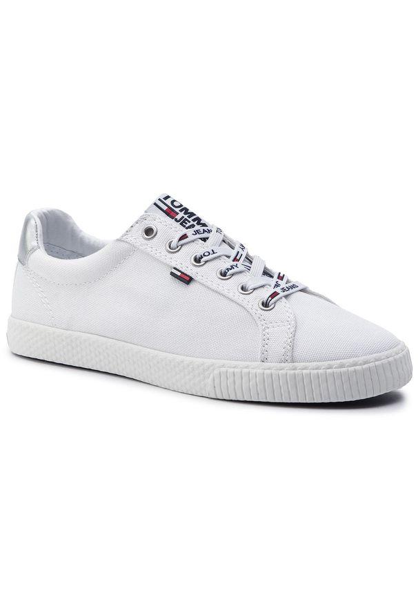 Białe półbuty Tommy Jeans na co dzień, na płaskiej podeszwie