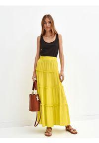 TOP SECRET - Spódnica długa damska gładka. Kolor: żółty. Długość: długie. Wzór: gładki