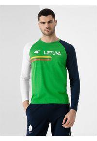 4f - Longsleeve męski Litwa - Tokio 2020. Kolor: zielony. Materiał: bawełna, dzianina. Długość rękawa: długi rękaw. Długość: długie. Wzór: nadruk. Sezon: lato