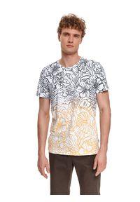 TOP SECRET - Męski t-shirt z krótkim rękawem i egzotycznym nadrukiem. Kolor: biały. Materiał: bawełna, tkanina. Długość rękawa: krótki rękaw. Długość: krótkie. Wzór: nadruk