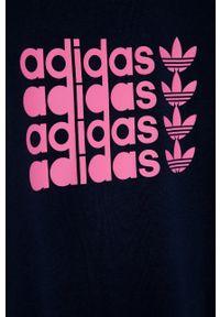 Niebieska bluza adidas Originals na co dzień, casualowa