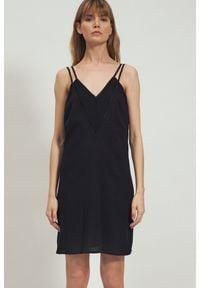 Nife - Czarna Sukienka na Podwójnych Ramiączkach. Kolor: czarny. Materiał: wiskoza. Długość rękawa: na ramiączkach