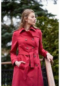 Marie Zélie - Trencz Adria bawełna z elastanem czerwony. Kolor: czerwony. Materiał: bawełna, elastan. Sezon: lato. Styl: klasyczny #3