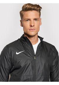 Nike Kurtka przeciwdeszczowa Park BV6881 Szary Regular Fit. Kolor: szary