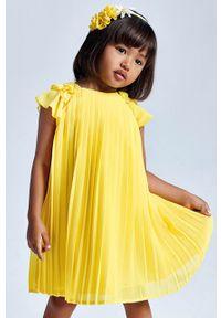Żółta sukienka Mayoral gładkie, z krótkim rękawem, mini, plisowana