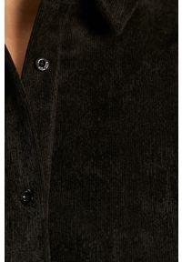 Czarna koszula Noisy may na co dzień, z klasycznym kołnierzykiem, casualowa