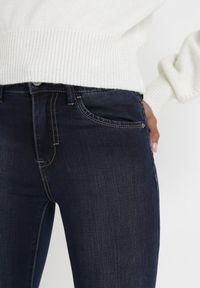 Born2be - Granatowe Jeansy Skinny Nemastus. Kolor: niebieski. Długość: długie. Wzór: gładki. Styl: sportowy, elegancki #7
