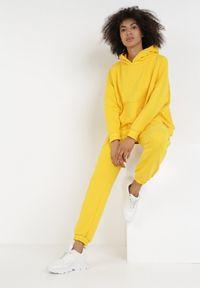 Żółty komplet sportowy Born2be
