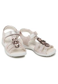Różowe sandały