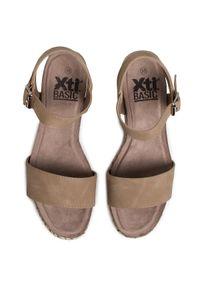 Beżowe sandały Xti