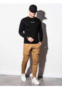 Ombre Clothing - Bluza męska bez kaptura z nadrukiem B1215 - czarna - XXL. Typ kołnierza: bez kaptura. Kolor: czarny. Materiał: bawełna, poliester. Wzór: nadruk #5