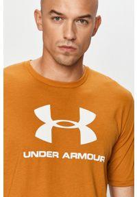 T-shirt Under Armour na co dzień, casualowy