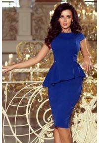 Numoco - Elegancka Ołówkowa Sukienka Midi z Asymetryczną Baskinką - Chabrowa. Kolor: niebieski. Materiał: elastan, poliester. Typ sukienki: baskinki, ołówkowe, asymetryczne. Styl: elegancki. Długość: midi