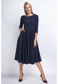 Nommo - Granatowa Rozkloszowana Sukienka za Kolano z Kontrastowym Zamkiem. Kolor: niebieski. Materiał: wiskoza, poliester