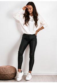 Czarna bluza LIGARI w paski, casualowa, z kapturem, na co dzień