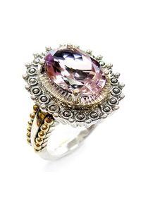 Braccatta - PRIMADONNA Srebrny pierścionek z wielkim różowym ametystem 6,6 ct. Materiał: srebrne. Kolor: srebrny, różowy, wielokolorowy. Wzór: koronka. Kamień szlachetny: ametyst