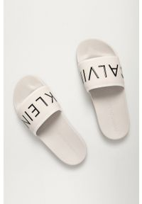 Calvin Klein Jeans - Klapki. Kolor: biały. Materiał: guma