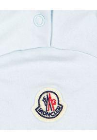 MONCLER KIDS - Jasnoniebieska koszulka z logo 0-3 lat. Kolor: niebieski. Materiał: bawełna. Wzór: paski, aplikacja. Sezon: lato. Styl: klasyczny, młodzieżowy