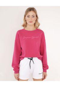 SUSAN SWIMWEAR - Różowa bawełniana bluza z logo. Okazja: na co dzień, na plażę. Kolor: różowy, wielokolorowy, fioletowy. Materiał: bawełna. Długość rękawa: długi rękaw. Długość: długie. Wzór: haft. Sezon: lato. Styl: sportowy, casual