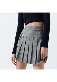 Cropp - Spódnica mini - Szary. Kolor: szary