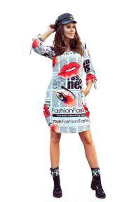 Numoco - Luźna Sukienka z Energetycznym Nadrukiem. Materiał: wiskoza, poliester. Wzór: nadruk