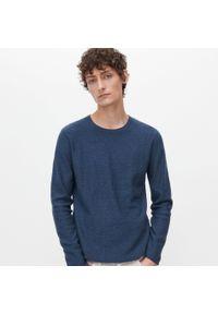 Niebieski sweter Reserved klasyczny