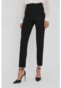 Nissa - NISSA - Spodnie. Stan: podwyższony. Kolor: czarny. Materiał: tkanina