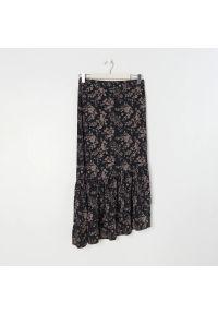 Sinsay - Asymetryczna spódnica z falbanami - Wielobarwny